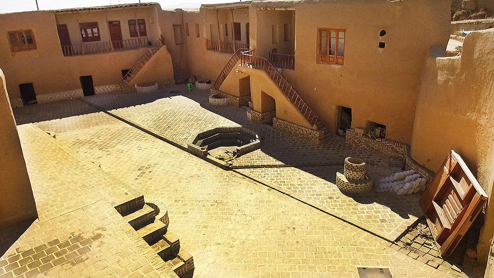 نمایی از اقامتگاه چشمه مراد در روستای کلاته خیج