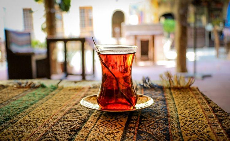 چای در کافه