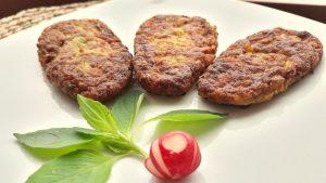 باسلام | Basalam - دستور پخت کتلت با چاشنی خمیر سبز جوغن