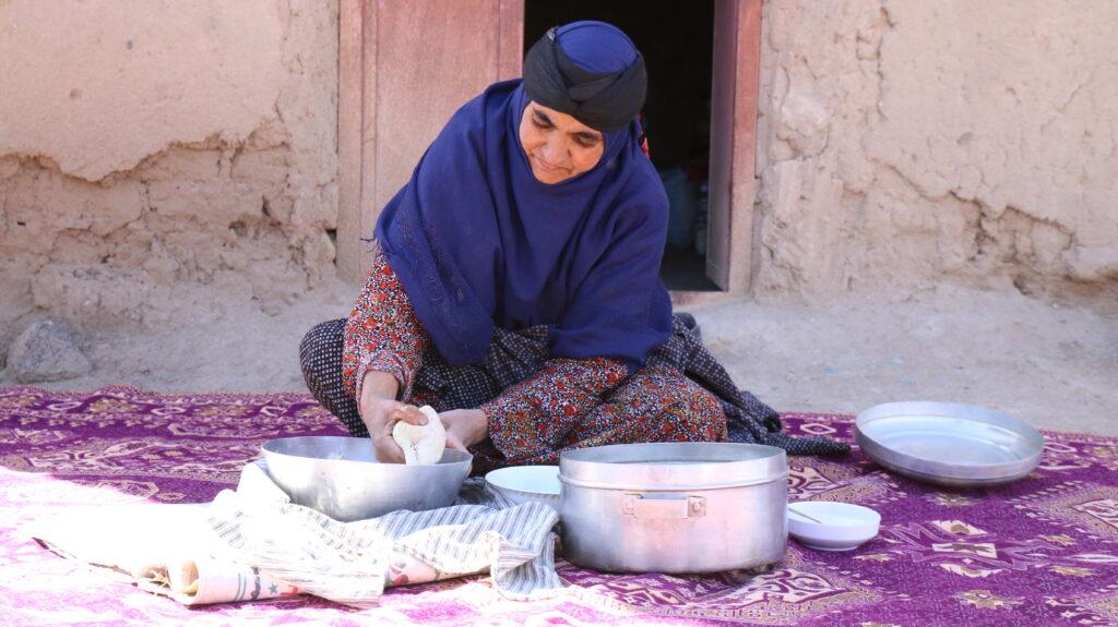 بازار هزار قصه گو با کسب و کار خانگی-باشگاه نویسندگان باسلام و بازار هزار قصه گو-مجله باسلام