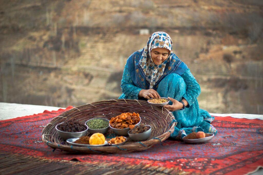 زنان تولید کننده-راه اندازی کسب و کار خانگی-مجله باسلام