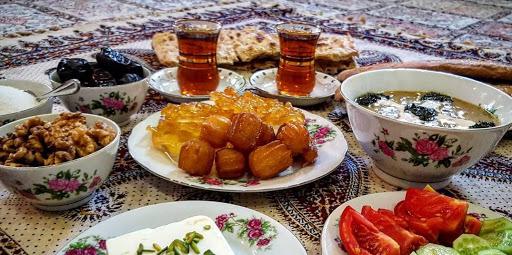 سفرههای افطار- روزه گرفتن با کرونا- مجله باسلام