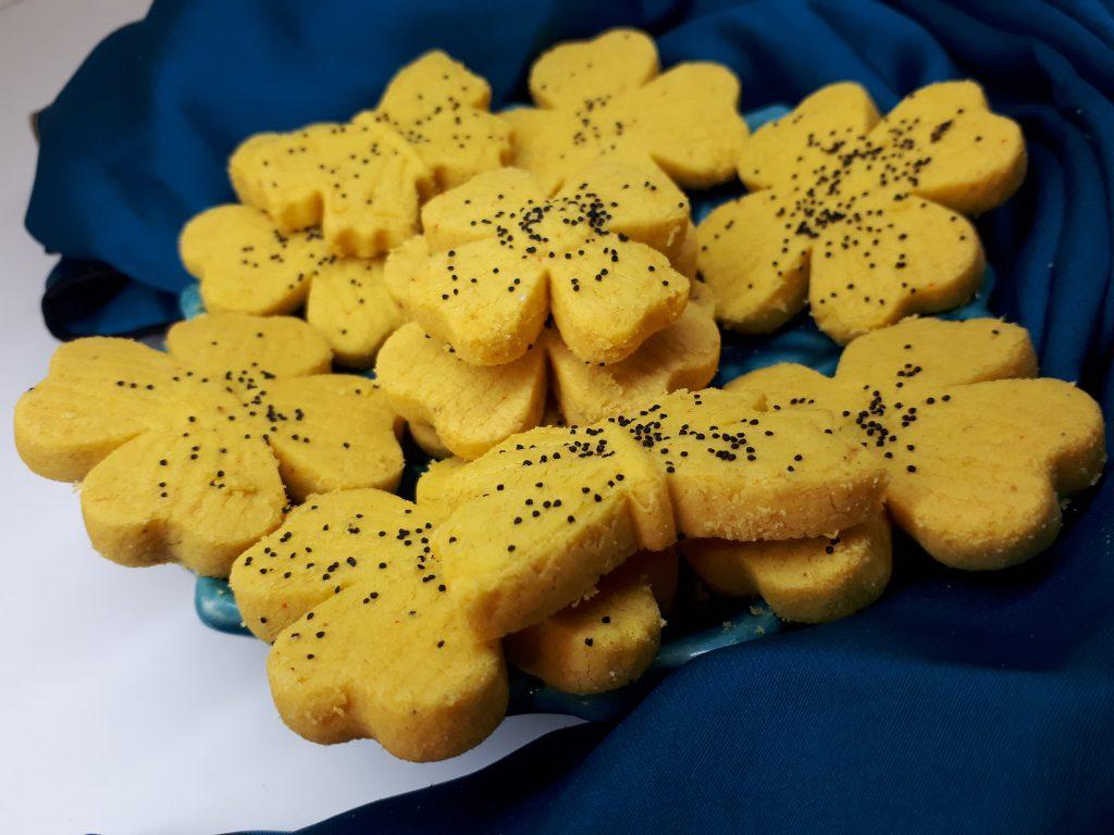 شیرینی برنجی زعفرانی